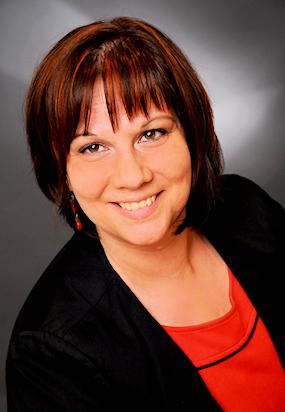 Nicole Dierker-Refke, Weiterbildungsberatung